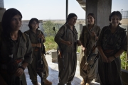 MAKHMOUR, IRAQ-SEPTEMBER, 2014: Sorxun, Ruken, Zehra, Toprak and Beritan,PKK soldiers engaged in the fight against ISIS. (Picture by Veronique de Viguerie/Reportage by Getty Images)