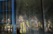 DAVAO, MINDANAO- JUNE, 2017: Des déténus accusés pour la plupart d'être impliqué dans le trafic de drogue attendent d'être emmenés en cour de justice pour être jugé. Inmates accused of being part of the drug business are waiting to be take to the justice court to be sentenced. (Picture by veronique de Viguerie/Reportage by Getty Images)