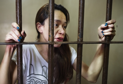 MANILA, PHILIPPINES - OCT, 2016: Cyrille, tatoo artist, arrested for drug consuming, is in an overcrowded cell in a Police station in Quezon City. (Picture by Veronique de Viguerie/ Reportage by Getty Images).