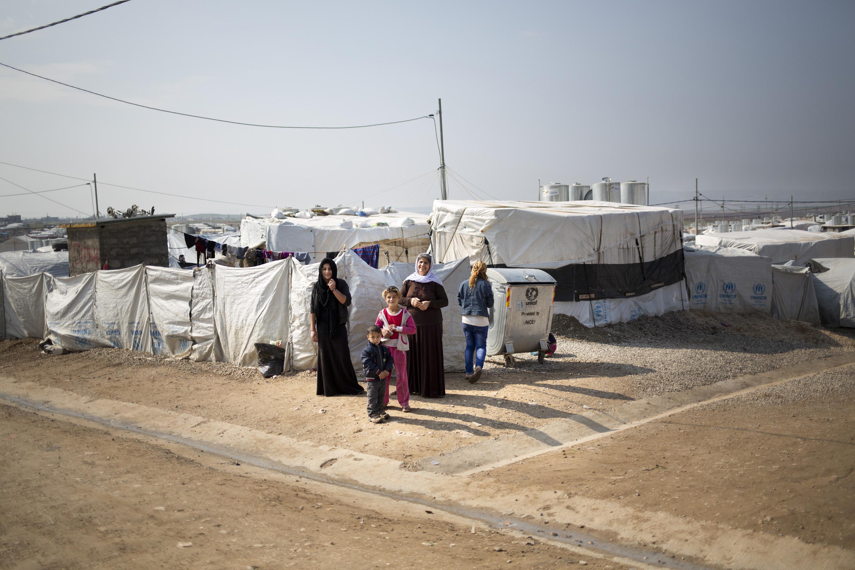 DOHUK, KURDISTAN- FEBRUARY, 2016: Watkha 40 ans a été kidnappée avec sa fille. Sa fille a été tuée en captivité, elle vit au camp de Kankhe où il n'y a que des déplacés Yézidis. (Picture by Veronique de Viguerie/ Reportage by getty Images).