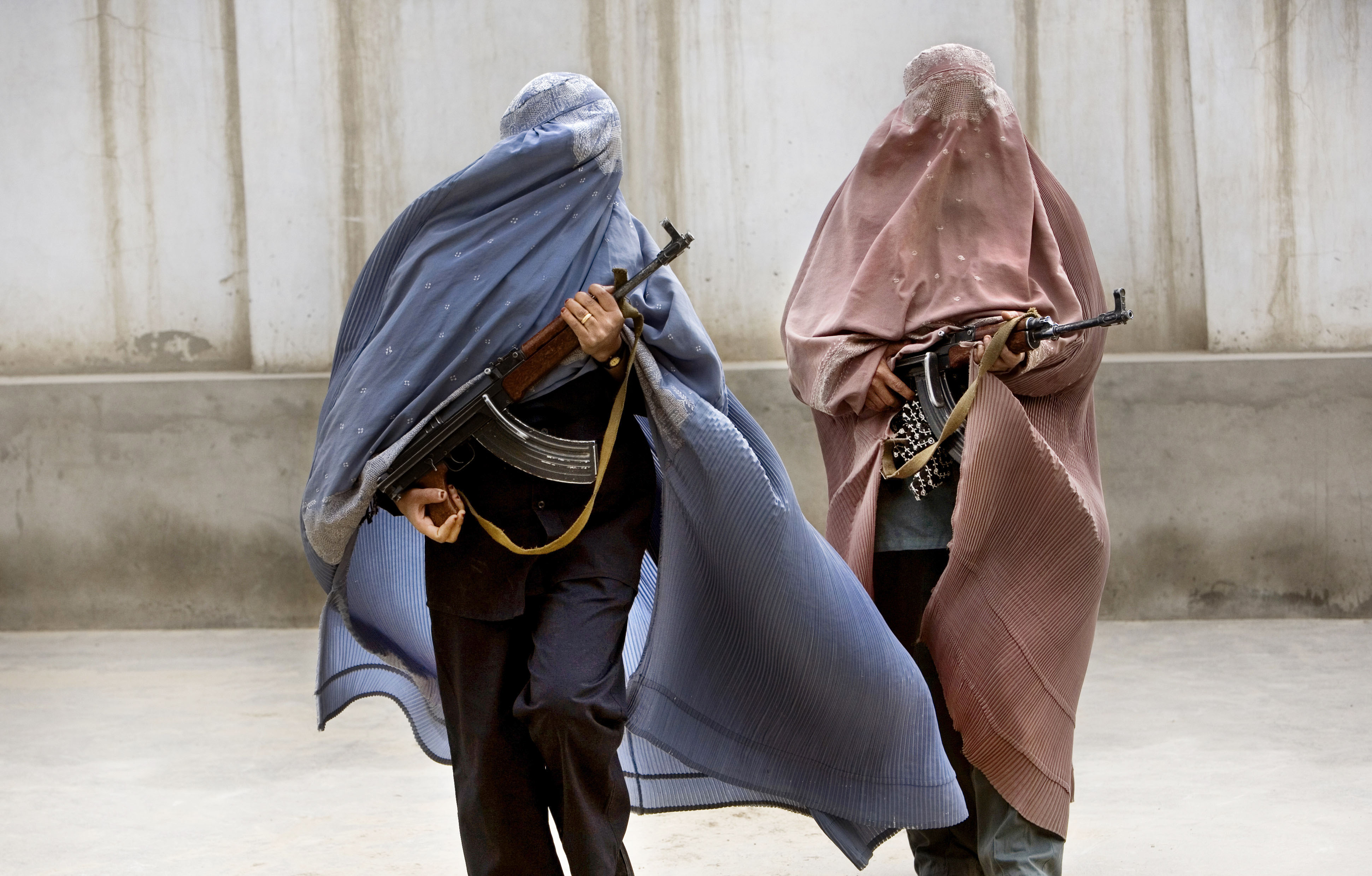 AFGHAN POLICE LADIES