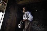 SIMIGAON, NEPAl-APRIL, 2015: Les retraités de l'Everest comme Pasang Norbu ne touchent aucune compensation.Simigaon 2000m(Picture by Veronique de Viguerie/Reportage by Getty Images)