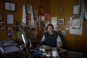 KATMANDOU, NEPAL-APRIL, 2015:  Tsering Rhitar Sherpa est un réalisateur de films. Son dernier film était presenté au Festival de Cannes. (Picture by Veronique de Viguerie/Reportage by Getty Images).