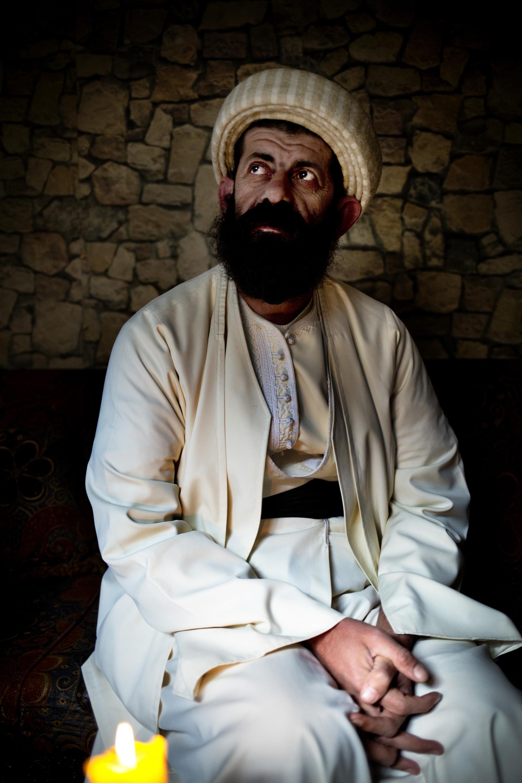 LALESH, KURDISTAN, IRAQ- FEBRUARY, 2016: Le Baba Shawish est en charge du temple Yezidi de Lalesh. Chaque Yézidi est censé faire le pelerinage à Laesh au moins une fois dans sa vie. Il a oeuvré auprès de la société Yezidie à faire accepter les victimes de Daech de retour dans la communauté sans les juger.  (picture by Veronique de Viguerie/ Reportage by Getty Images )
