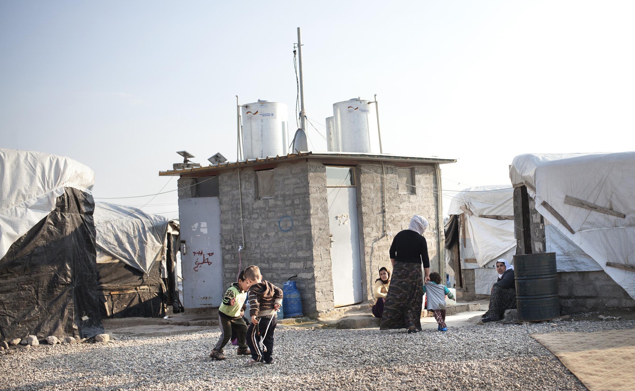 DOHUK, KURDISTAN- FEBRUARY, 2016: Au camp de Kankhe il n'y a que des déplacés Yézidis. (Picture by Veronique de Viguerie/ Reportage by getty Images).